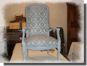 apprendre restaurer un fauteuil. Black Bedroom Furniture Sets. Home Design Ideas
